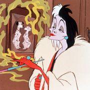 ディズニー『101』悪女クルエラ主人公の実写化、監督決定か