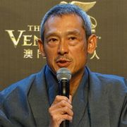 鶴見辰吾、感激!30年前出演の香港映画がデジタル修復版で初上映!