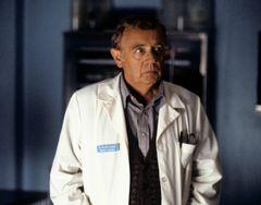 「ツイン・ピークス」のウィリアム・ヘイワード医師役 ウォーレン・フロストさん死去