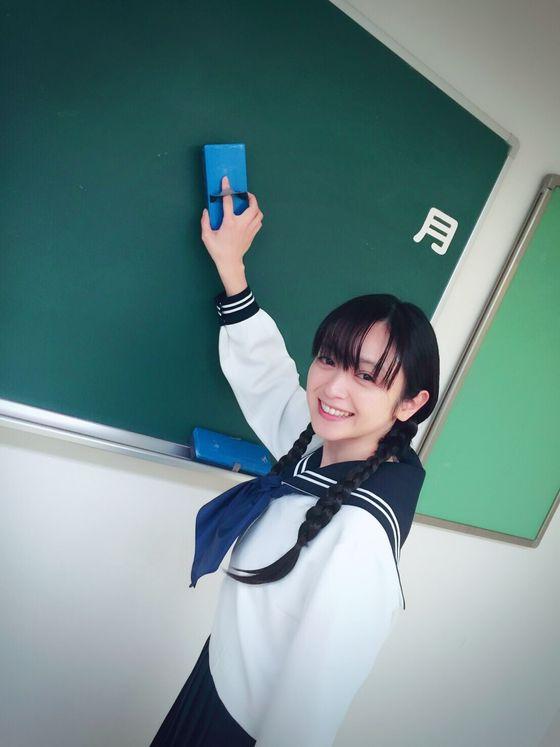 安達祐実、35歳のセーラー服姿が超絶かわいい!!