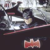 """「バットマン」""""ブライトナイト""""アダム・ウェストさん、白血病で死去"""