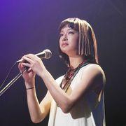 山下達郎史上初!新CDに門脇麦の歌が収録 MVで歌い踊る