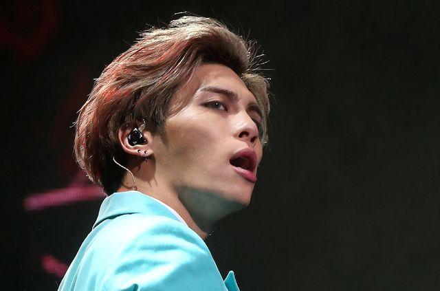 韓国の男性歌手・SHINeeのジョン...