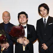 山崎賢人、久石譲と辻井伸行の初共演ステージにサプライズ登壇