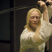 ティルダ・スウィントンが日本刀でゾンビ退治する衝撃!