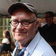 『卒業』の脚本家バック・ヘンリーさんが死去