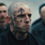 顔面タトゥーの元白人至上主義者をジェイミー・ベルが熱演 『SKIN/スキン』5月公開