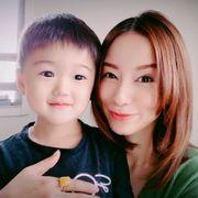 鈴木亜美、愛息子とのダンス動画を公開