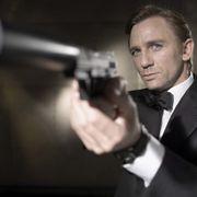 ダニエル・クレイグ、次期007俳優に放送禁止用語でアドバイス