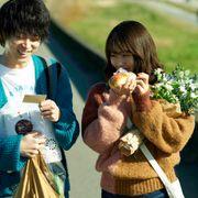菅田将暉×有村架純『花束みたいな恋をした』1位!『ヤクザと家族』5位スタート