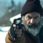 武闘派サンタが暗殺者と死闘!メル・ギブソン主演『クリスマス・ウォーズ』10月公開