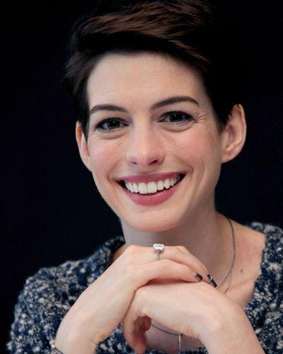 『ブルックリンの恋人たち』アン・ハサウェイ 単独インタビュー