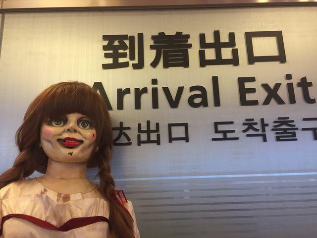 ついに日本に降り立ったアナベル人形
