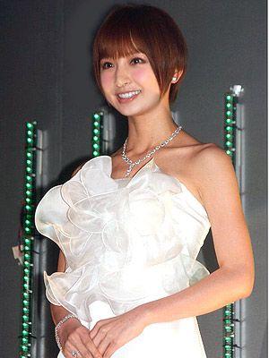 これからも被災地訪問を続けると誓ったAKB48の篠田麻里子