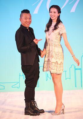 中国版リメイクで主演を務めるファン・ボウとリン・チーリン