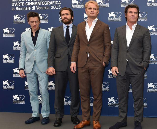 山男がずらり! - 左からジョン・ホークス、ジェイク・ギレンホール、ジェイソン・クラーク、ジョシュ・ブローリン - 第72回ベネチア国際映画祭フォトコールにて