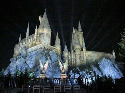 お披露目された「The Wizarding World of Harry Potter」のホグワーツ城
