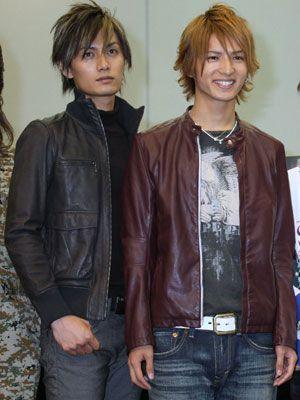 カーレースはもちろん中村優一(右)と加藤和樹のイケメン対決も注目