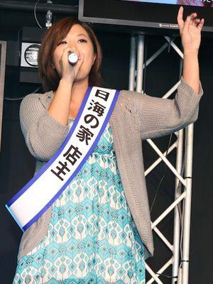 カラオケ披露も歌手デビューは完全否定したビッグマミィ美奈子