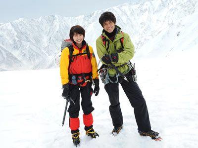 7年ぶりの共演となる長澤まさみ(左)と小栗旬