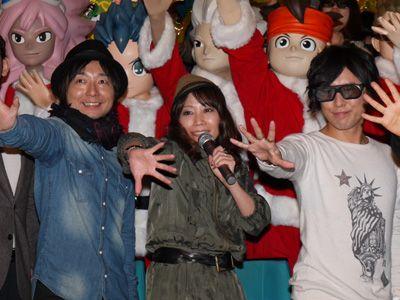 観客の大熱狂に感激の声優陣 -(左から)野島、竹内、吉野
