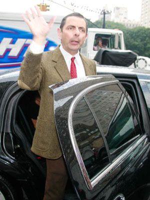 車に乗るときは注意!-ローワン・アトキンソン