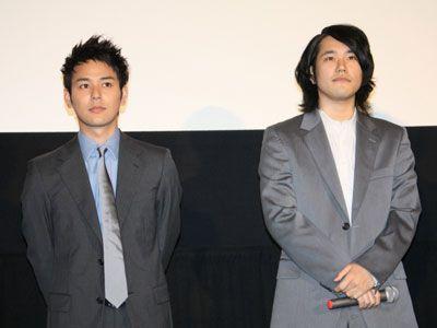 本作で初共演を果たした妻夫木聡と松山ケンイチ