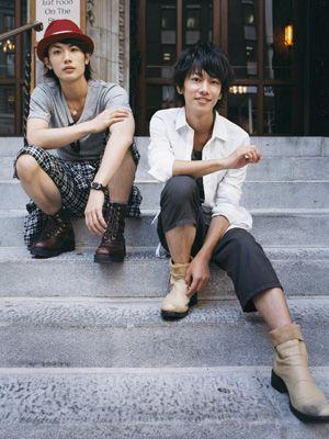 三浦春馬と佐藤健、ニューヨークで素の表情