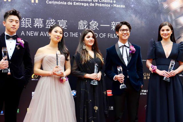 アップ・ネクスト・アワードを受賞した5人。(写真左から)チェン・カイ、シャナ・タン、ザイラー・ワシーム、イクバール・ラマダン、アン・カーティス