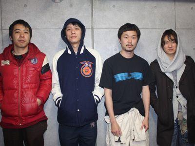 (左から)豊田利晃監督、大柴裕介、新井浩文、忍成修吾