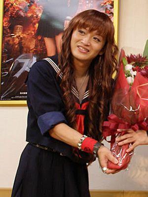 主演予定だった舞台が無事千秋楽を迎えた桜塚やっくん