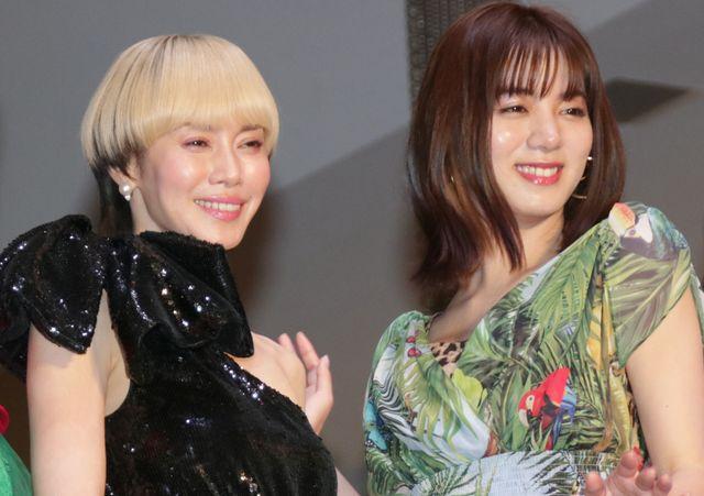 笑顔がステキ!中谷美紀、池田エライザ