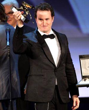 昨年ミッキー・ローク主演の『レスラー』でグランプリを獲得したダーレン・アロノフスキー監督