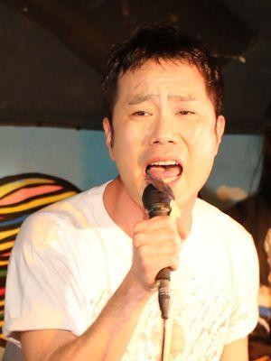 聖子プロデュースにカンゲキ! 熱唱を披露した藤井隆