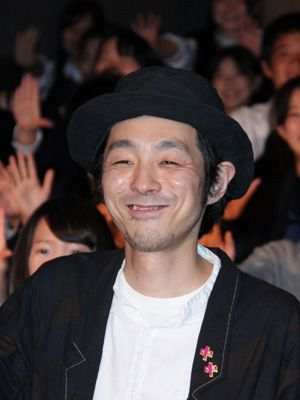 草なぎ剛、平岡拓真と共に中学生の悩みに答えた宮藤官九郎監督