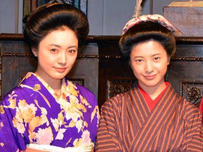 早くも息の合ったところを見せた仲間由紀恵&吉高由里子