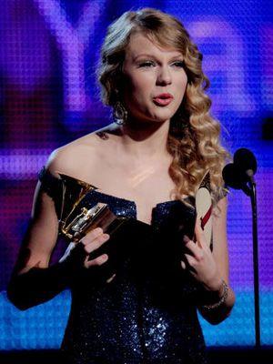 第52回グラミー賞テイラー・スウィフト、年間最優秀アルバム賞受賞にちょっと緊張?