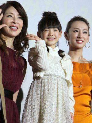 夢のある発言で会場を和ませた芦田愛菜(中央)、真矢みき(左)、北川景子(右)