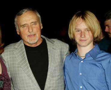 デニス・ホッパーと息子のヘンリー・リー・ホッパー