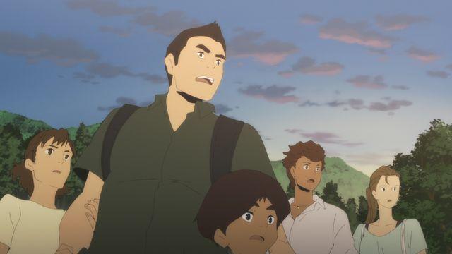 「日本沈没2020」より主人公の武藤家と近所に住むパーソナルトレーナー(最右)