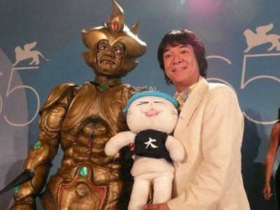 タケ魔人(左)と河崎実監督
