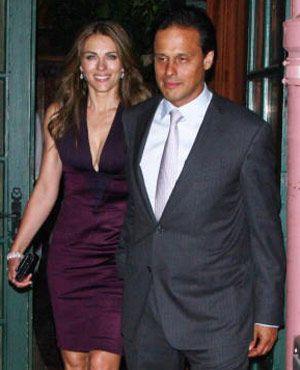 エリザベス・ハーレイと夫のアルン・ネイヤー氏