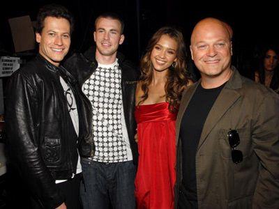 ということは、映画版のキャストにも影響が……。-実写版で4人を演じたヨアン・グリフィズ、クリス・エヴァンス、ジェシカ・アルバ、マイケル・チクリス