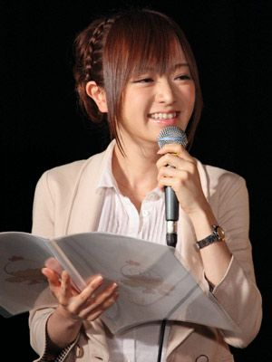 司会ぶりを披露した、モー娘。メンバーではない紺野あさ美アナ