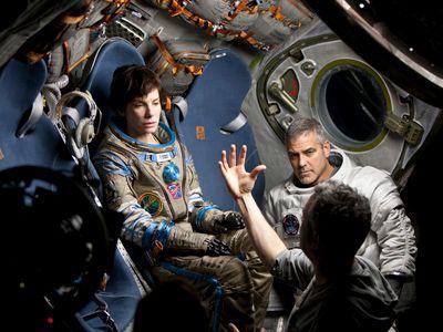 撮影中のサンドラ・ブロックとジョージ・クルーニー