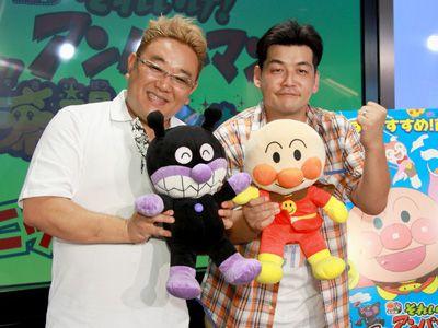 サンドウィッチマンの伊達みきお(左)と富澤たけし(右)
