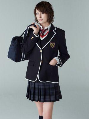 これは断然アリ! 米倉涼子が演じる「35歳の高校生」制服姿が公開!