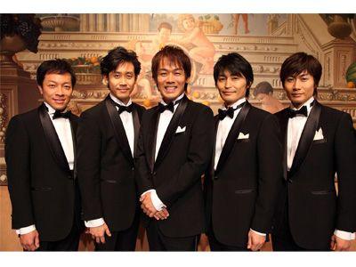 本作で初めて5人そろってのテレビドラマ出演を果たすTEAM NACS(左から音尾琢真、大泉洋、森崎博之、安田顕、戸次重幸)