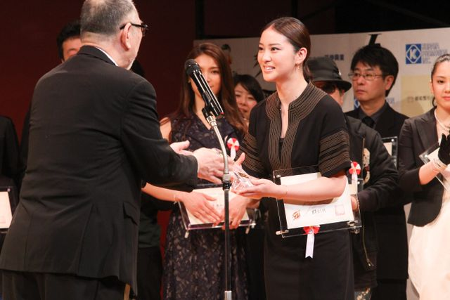 japanactionaward2015_-15.jpg