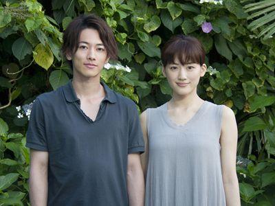 映画初共演を果たす佐藤健と綾瀬はるか